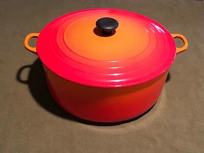 Le Creuset Enameled Cast Iron 13.25 Quart Signature Round Dutch Oven Flame Used