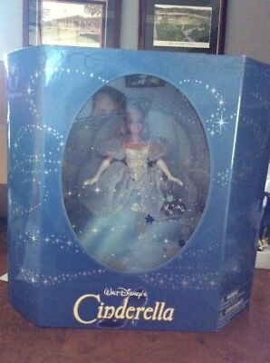 Disney store exclusive  limited edition Cinderella barbie new in box