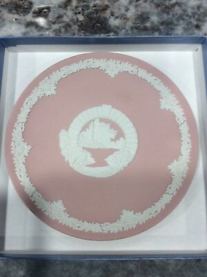 "Wedgwood Pink Jasperware round  Plate 6 3/4"" wide Made in England"