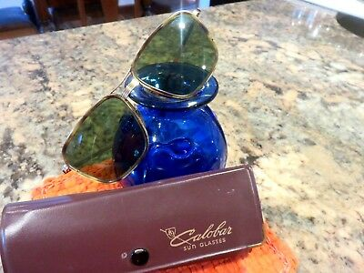 Vintage American Optical AO 1-10 12K GF 5 3/4 Gold Aviator Sunglasses WIith Case