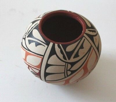 M M  Toya Jemez? Southwest Native American Indian Pottery Vase
