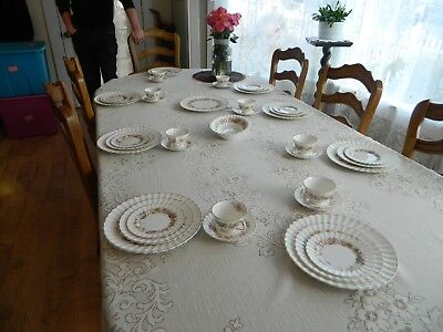 Royal Doulton Bone China Mayfair # 4897  Set for 8 with 2 Serving Pieces 15-5