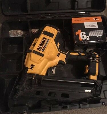 DeWALT DCN660N XR Brushless Second Fix Nailer 18-Volt Bare Unit