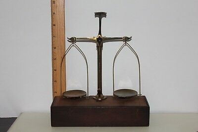 Vintage Antique Henry Troemner Travel Apothecary Balance Scale