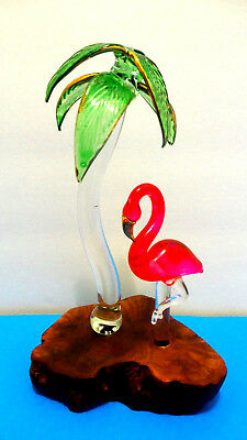 Flamingo Tropical collectable with Palm Tree on wood base
