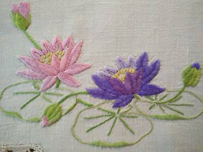 Gorgeous Water Lilies/Pad   Vintage Heavily Hand Embroidered Centrepiece/mat