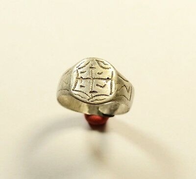 Rare Byzantine Silver Ring With Cross On Bezel - Wearable / Decorated