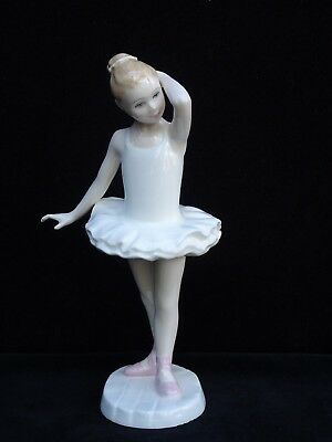 """Royal Doulton """"little Ballerina"""" With Pink Shoes Figurine ~ Hn3395 ~ Mint"""