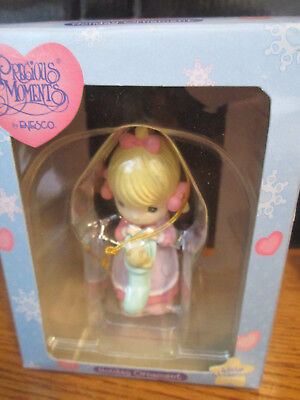 """Precious Moments By Enesco """"Winter Worderland"""" Holiday Ornament #330388"""