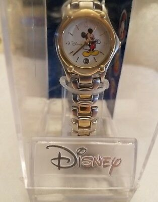 Nos Vintage Disney Mickey Mouse Watch