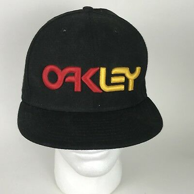 27c3e930467 Oakley Spellout Hat 7 3 8 RARE Two Color Embroidered Red Yellow 59Fifty New  Era