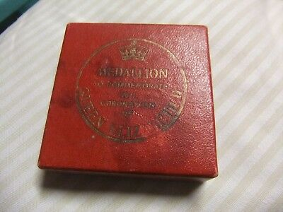 Accended Throne 1952 / Coronated  1953  Er11  Medal.  Boxed .
