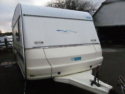 Twin Axle Wilk 4 Berth With A Fixed Bed