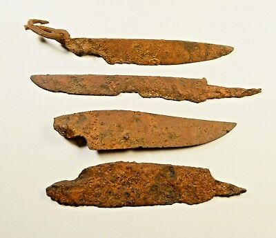Lot Of 4 Ancient Iron Knives / Blades - Nice Condition