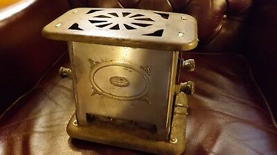 ANTIQUE UNIVERSAL TOASTER, No. E 3612, 110 / 120 v.