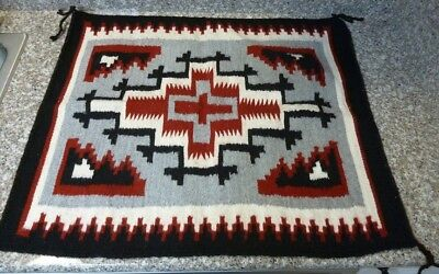 Exceptional New Native American Navajo Ganado Rug 22 x 26""
