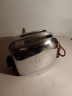 Vintage MidCentury 1950 Toastmaster 2 Slice Chrome Toaster Model 1B14 120 volts