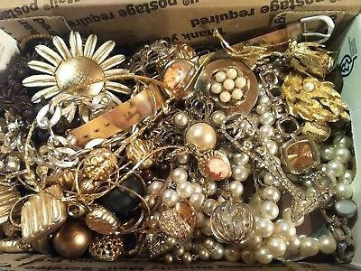 Estate Sale Lot of Vintage to Modern Jewelry ~ Brooches Watches Necklaces