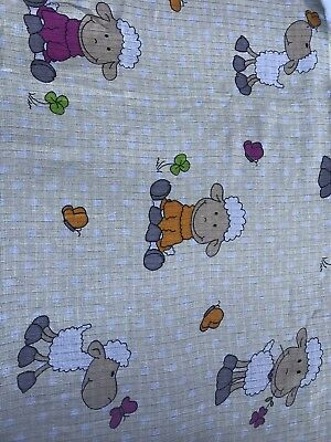 Large Printed Baby Muslin Squares Bibs 70x80cm 100% Cotton Universal CREAM Sheep