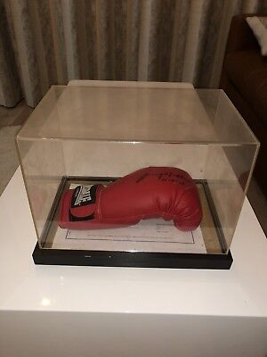 Ricky Hatton Signed Boxing Glove With COA