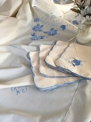 Vintage Butter White & Blue Embroidered Applique Tablecloth W/ Napkins