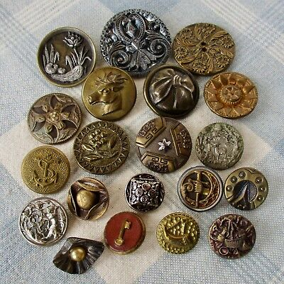 Assortment of 20 Victorian & Vintage Metal Buttons