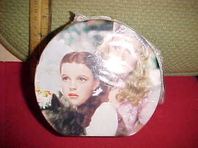 Wizard of Oz Cookie Tin with Strap Lunch box 1999 Vintage Unopened in plastic