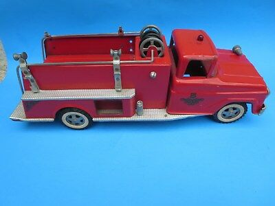 Vintage 1960's Tonka Truck Toy Suburban Pumper Fire Engine No.5 Used Condition
