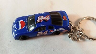 PEPSI RACE CAR KEYCHAIN 1:37 scale