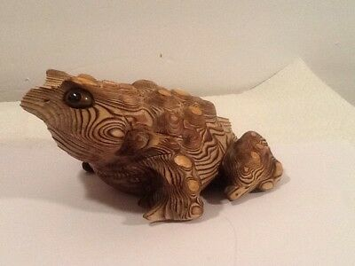 "Cryptomeria Carved Wooden Frog Japan 7"" Long"