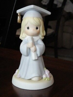 1999 PRECIOUS MOMENTS FIGURE Graduation Girl THE LORD IS THE HOPE OF OUR FUTURE