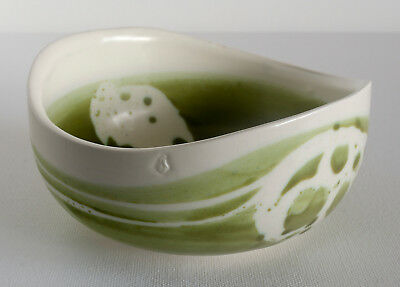 AVIEMORE POTTERY Boat-shaped Green BOWL