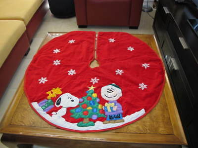 "Peanuts Snoopy Kurt Adler Christmas Tree Skirt Red Velvet Embroidered 41"" Across"