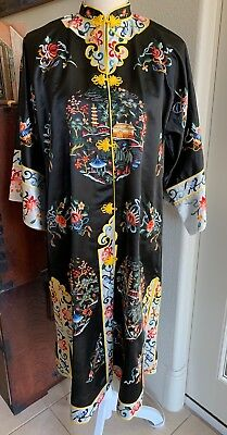 Gorgeous Vintage  Chinese ESME Embroidered Silk Mandarin Kimono Robe Jacket /Med