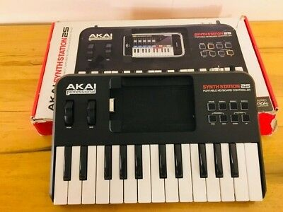 AKAI PROFESSIONAL MINIAK Virtual Analog Synthesizer no Mic