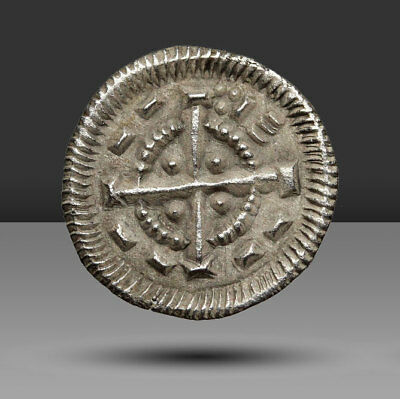 HUNGARY. Anonymous Silver Denar. Attributed to Bela II, AD 1131-1141.
