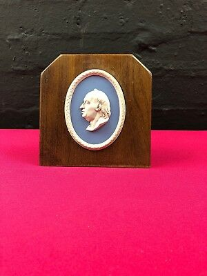 Wedgwood Jasperware Blue Portrait Plaque Samuel Johnson 1984 Mounted Stand RARE