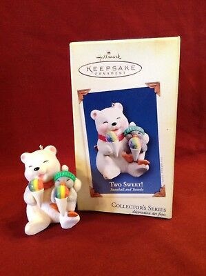 "2005 Hallmark Keepsake Ornament ""Two Sweet"" Snowball And Tuxedo 5th In Series"