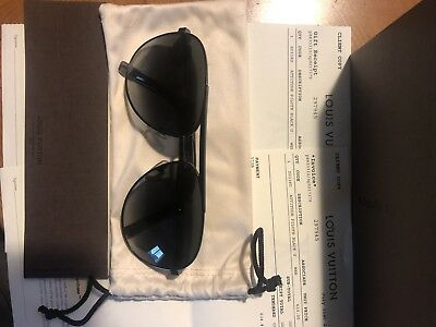 1bc2b7be2f LOUIS VUITTON ATTITUDE Pilote Sunglasses -  320.00