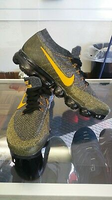 Nike Air VaporMax Flyknit 2 2.0 gold and black