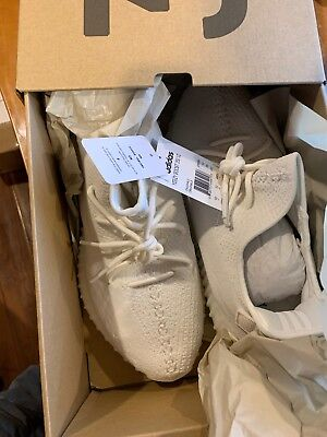 Adidas YEEZY BOOST 350 V2 Triple White Size 10.5