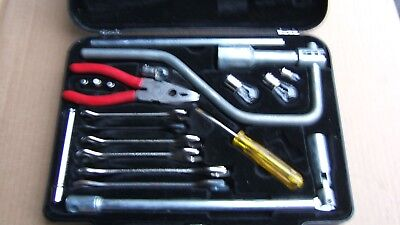 Jaguar Toolkit for the series 2/3 XJ6 and XJS 12 cylinder HE model cars