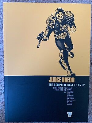 2000AD: Judge Dredd The Complete Case Files No.2, Progs 61-115, Year 2100-2101