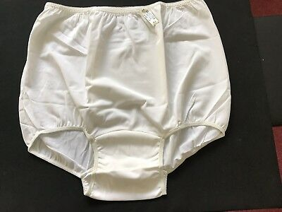 NWT 60's White Nylon Panties BRIEFS, Double Nylon Gusset Sz 8 Granny Panties