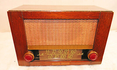 GENERAL ELECTRIC TABLE RADIO MODEL unknown