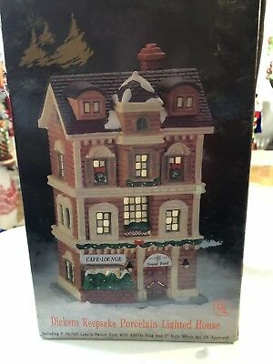1994 Dicken's Keepsake O'Well Christmas Village GRAND HOTEL Lighted and trees
