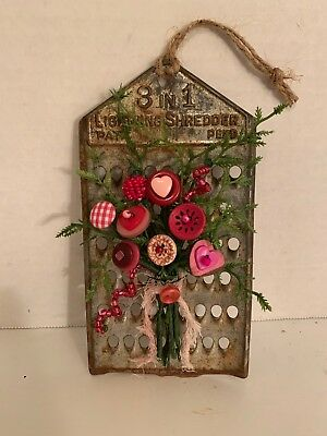 VTG Valentine Button Bouquet/Grater-Country Rustic Prim Shabby Chic KitchenDecor