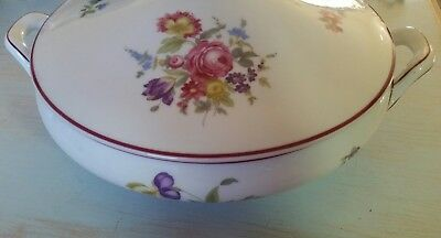 CM 1814 Aelteste Hutschenreuther Hohenberg Covered Vegetable Dish White Floral