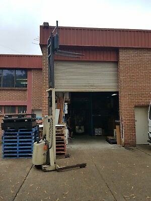 Fork Crown 20MT154A Walkie Stacker High lift 3.9m USED runs on 4 x 6v deep cycle