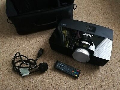 ACER X1383WH DLP Projector (720p), Used, Comes with Carry Case & Remote Control